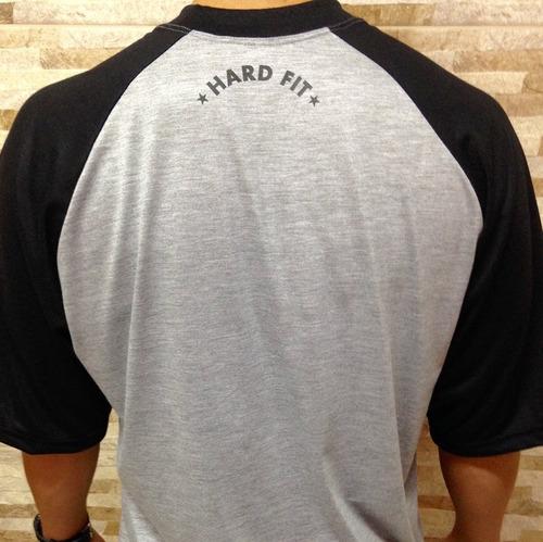 camisetas hard fit.