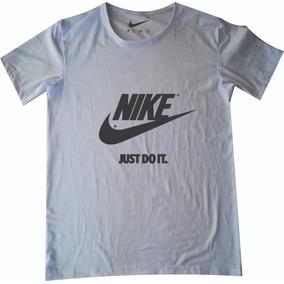 4328c44079666 Nike Edicion Limitada - Camisetas de Mujer en Mercado Libre Colombia