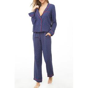 c0530761bd Forever 21 Pijama Blusa Pantalon Azul Flores Rojas Blanco L