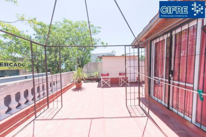 campana 4900 - ph multifamiliar. 3 y 2 ambintes sin expensas patio terraza y parrilla