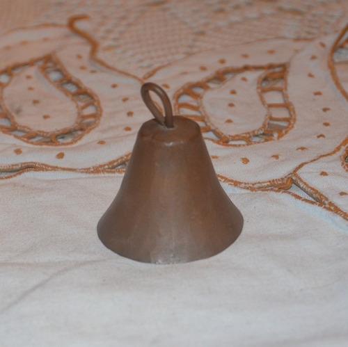 campana de cobre.