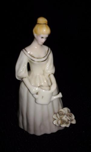 campana de porcelana llamador unica pieza de colección leer