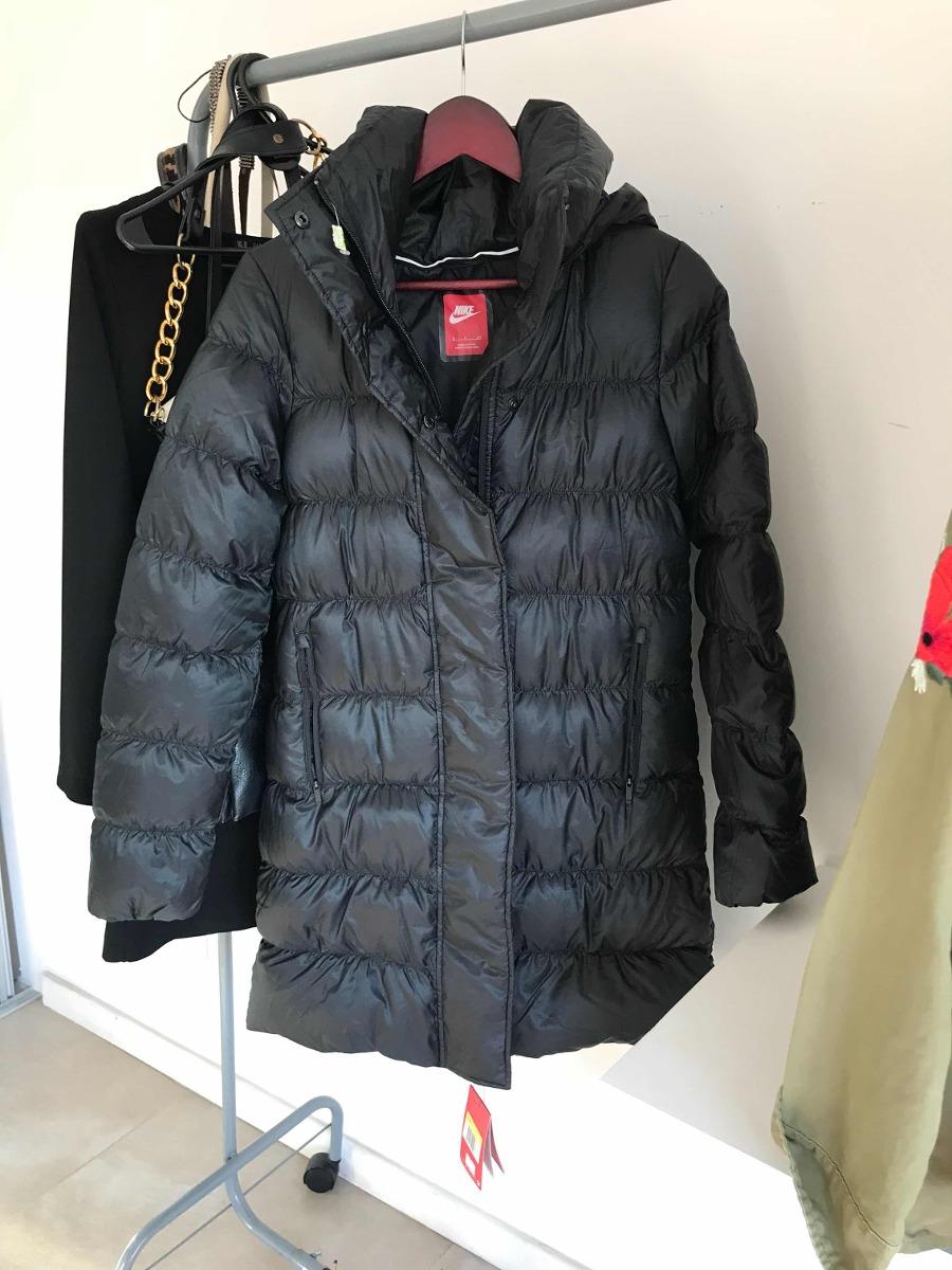 4b99cf9e8092b campera abrigo nike mujer negra pluma. Cargando zoom.