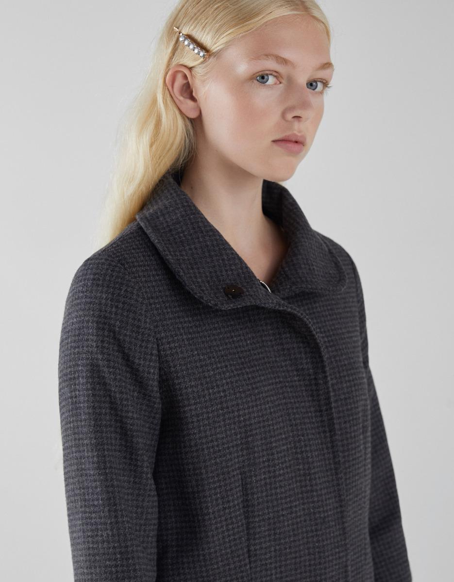 16ad8beedf3 campera abrigo paño gris dama bershka. Cargando zoom.