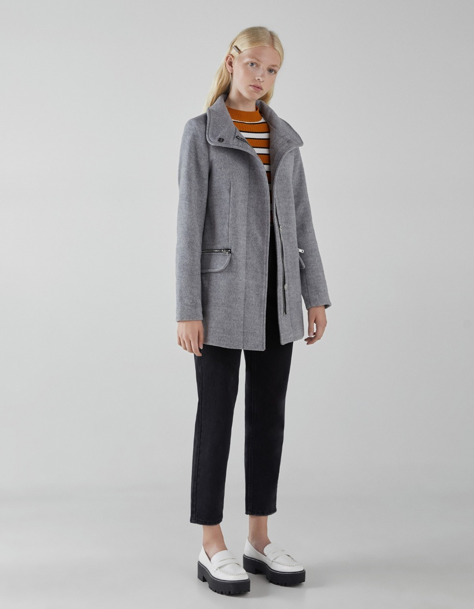 ea7fe1f3cfa campera abrigo paño gris plata dama bershka. Cargando zoom.