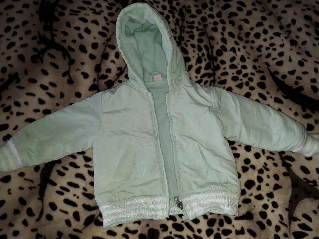 9124d97d27a campera de abrigo bebe 9 a 12 meses impecable!! Cargando zoom.