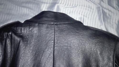 campera de cuero auténtico(precio charlable)