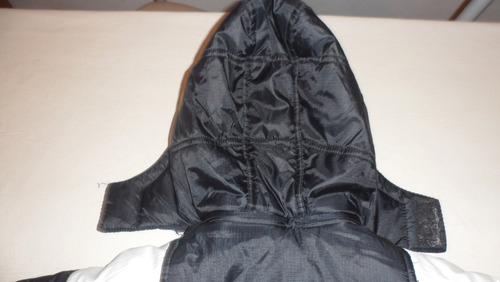 campera para lluvia y nieve con capucha desmontable