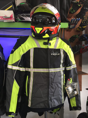 campera para moto impermeable con reflectivos y protectores