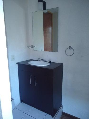 campestre churubusco amplia recámara con salita y baño