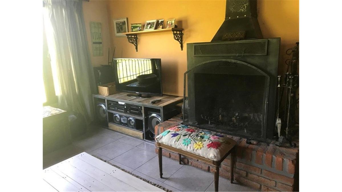 campo con casa 2.2 ha en venta