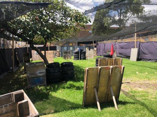 campo de paintball con zona infantil