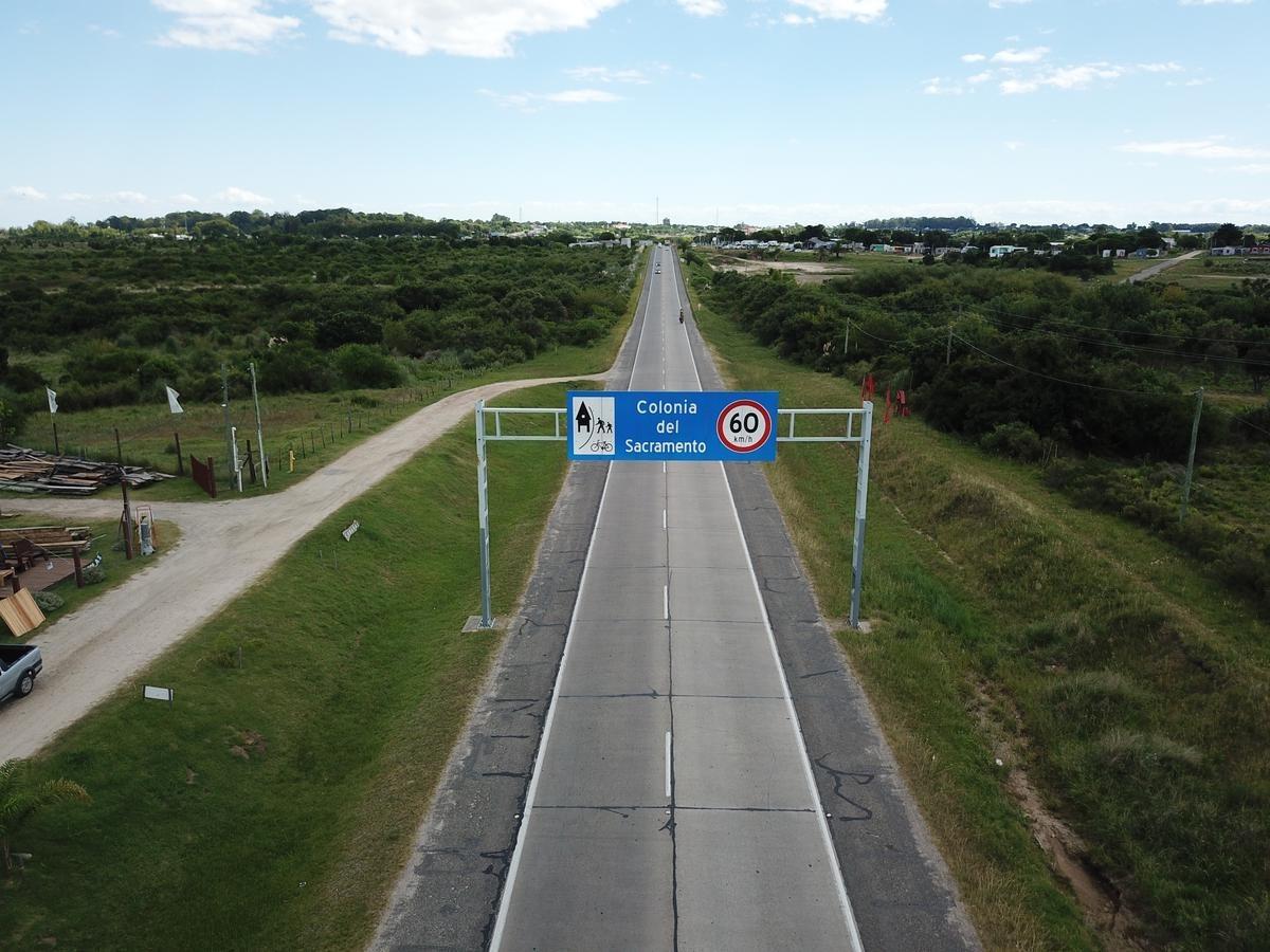 campo pleno accesos a colonia - ruta 1