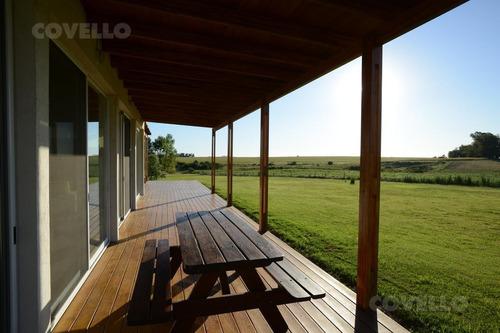 campo productivo con excelente casa.