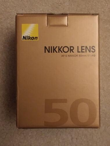 camra nikon d7100  con lentenikon af-s nikkor 50mm f/1.4g