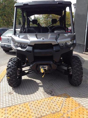can am defender hd10 3 plazas camuflado  en motoswift