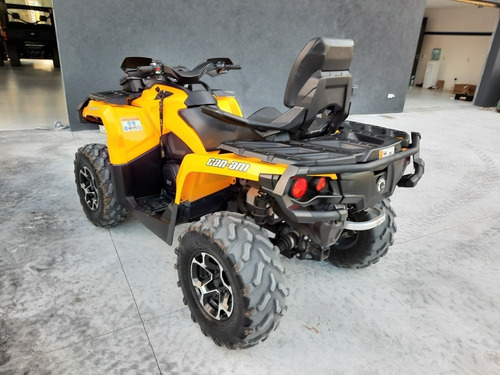 can am  outlander 800
