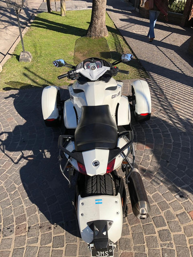 can-am spyder rs