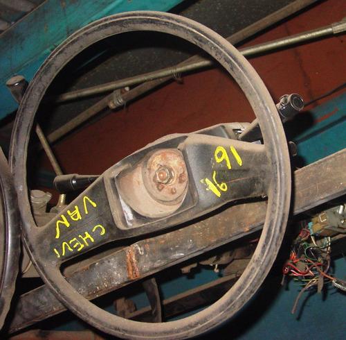 caña de direccion con volante de chevrolet chevy vam año 91