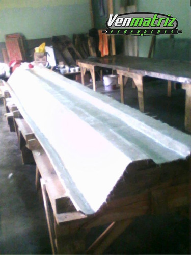 canal 90 translucidas fibra de vidrio a la medida.