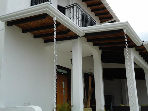 canales de agua decorativas para tu casa