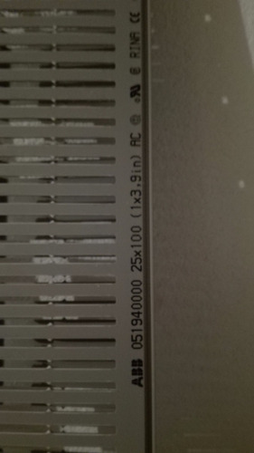 canaleta ranurada abb 25x100 color gris