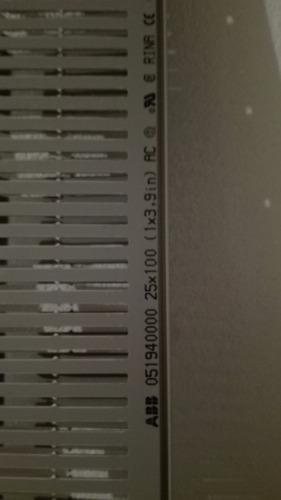 canaleta ranurada abb 25x100 color gris, caja con 6 piezas