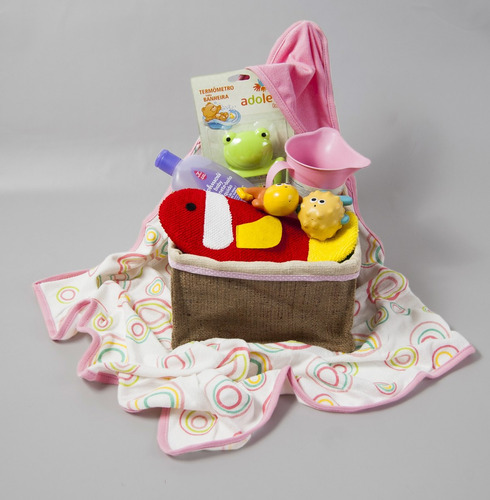 canasta de regalos para bebe baby cube a bañarse nena