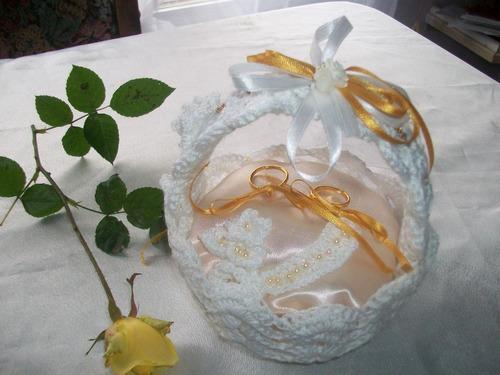 canasta porta alianzas,para bodas,aniversarios.
