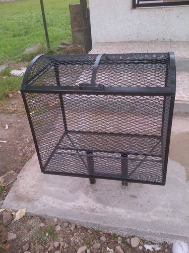 canasto cesto de basura/malla metal desplegado