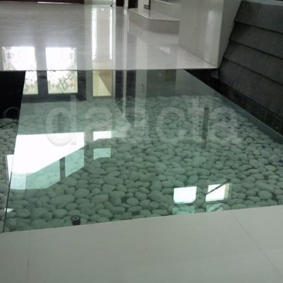 canceleria de cristal templado y aluminio