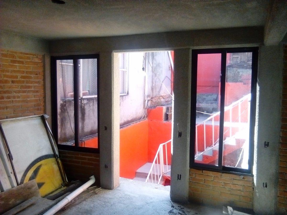 Canceles ventanas puertas aluminio acabado laqueado o for Cuanto sale una puerta