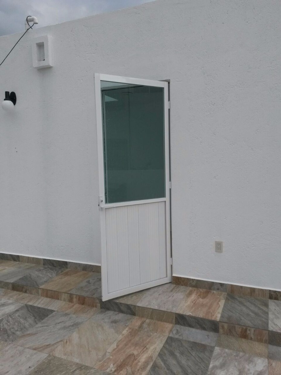 Canceles ventanas puertas aluminio acabado laqueado o for Puertas para recamara economicas
