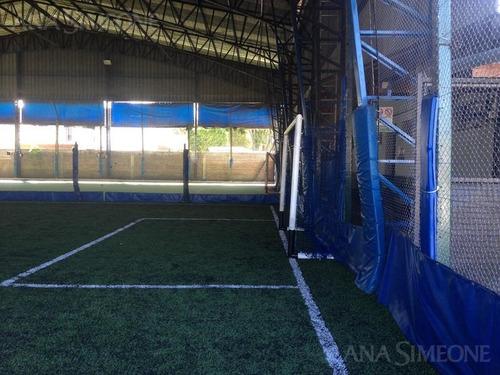 canchas de fútbol, a 8 cuadras de panamericana y 50m de ruta 197