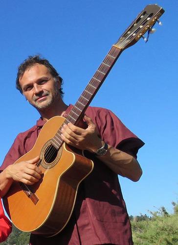 cancion francesa en vivo.bossa nova instrumental en guitarra
