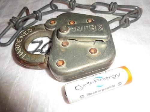 candado antiguo llave