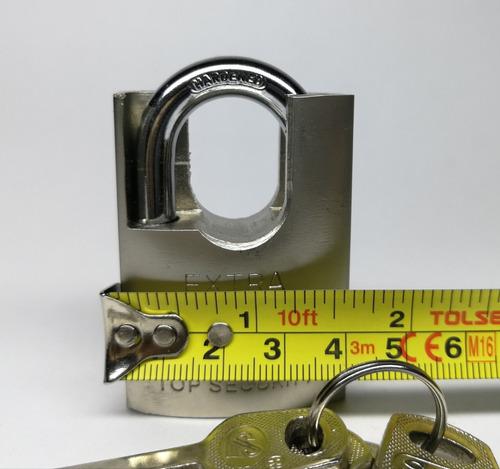 candado cromado anticizalla de 40 mm 4 llaves  nuevo