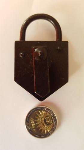 candado llave) antiguo