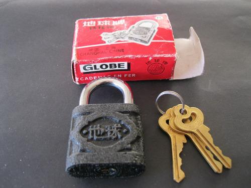 candado marca globbe-en hierro y aro de acero inoxidabl