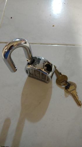 candado máxima seguridad plateado cromo master lock 230