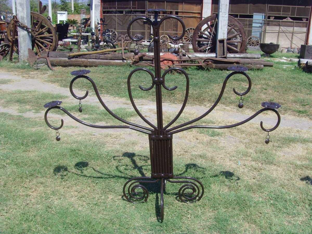 Candelabro gigante de hierro forjado estilo antiguo - Colgadores de hierro forjado ...