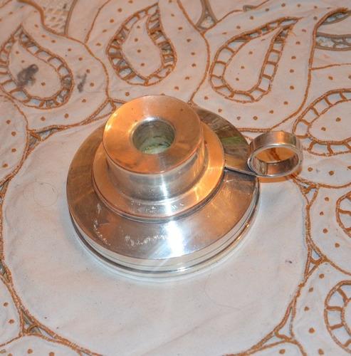 candelabro plateado. pieza antigua en excelente estado