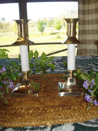 candelabros retro par bronce y madera
