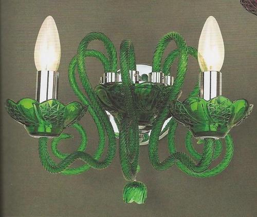 candil de cristal verde para pared