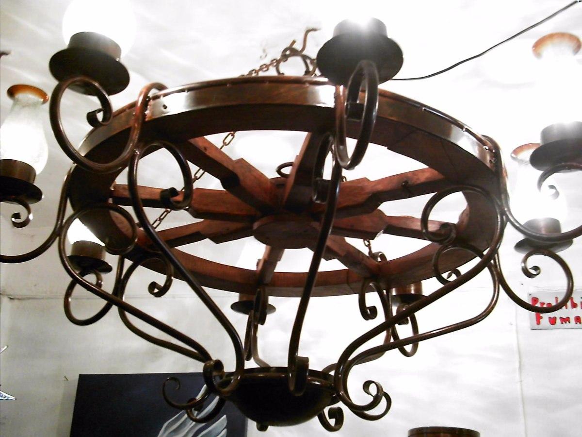Candil modelo rueda de carreta madera y hierro forjado 8 en mercado libre - Colgadores de hierro forjado ...