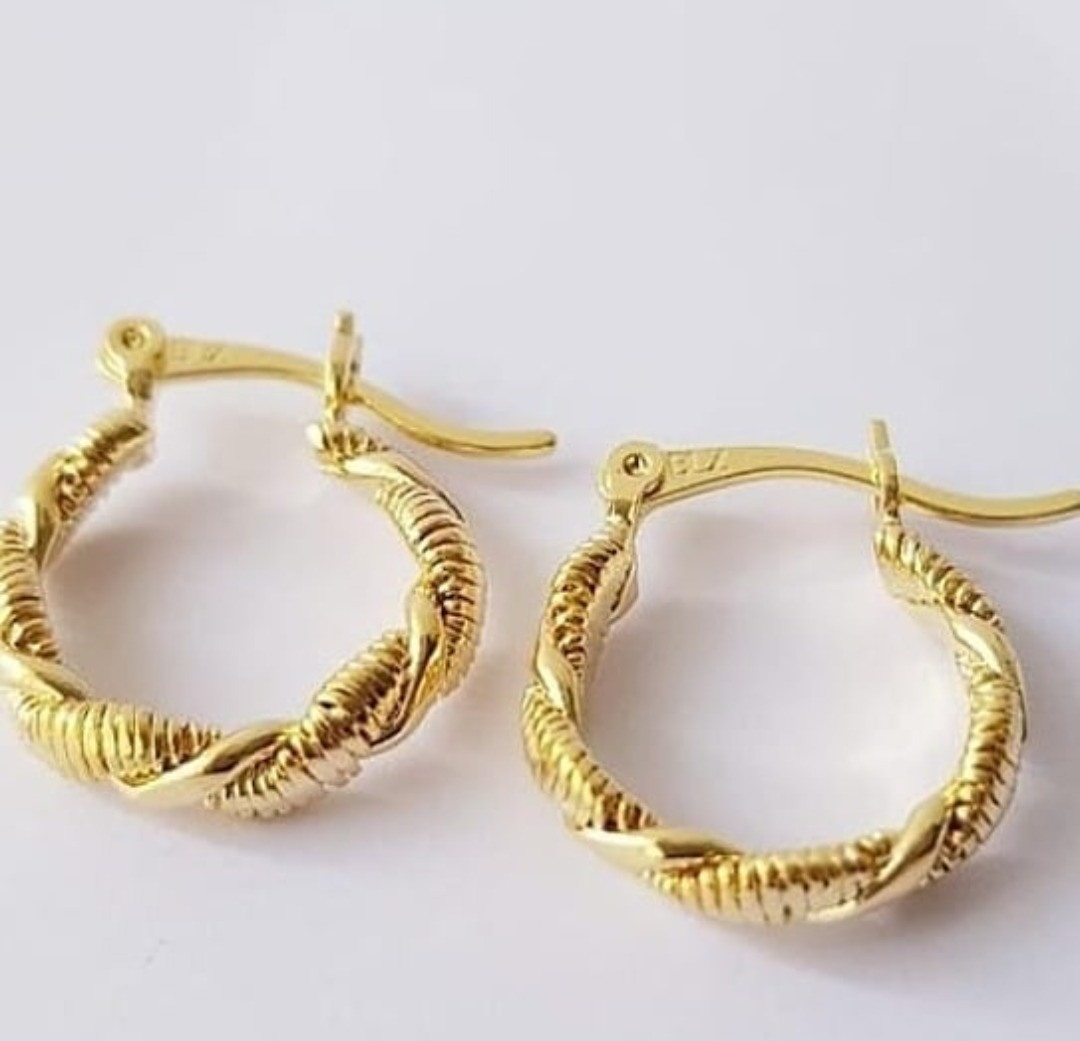 b3cdb13ec66b candongas mercochas aretes en orolaminado 18k joyas oro 18k. Cargando zoom.