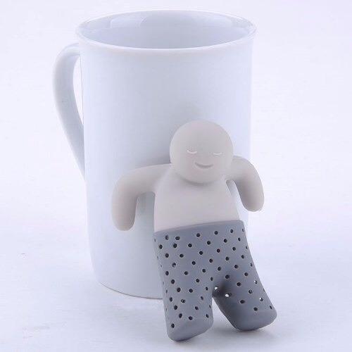 caneca branca + boneco mr. tea filtro cha presente criativo