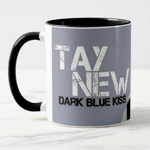caneca dark blue kiss the séries