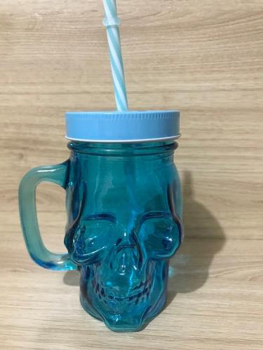 caneca de vidro caveira com canudo - azul