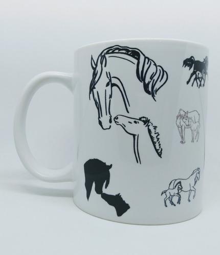 caneca em porcelana de cavalos, éguas, potros, potrinhos